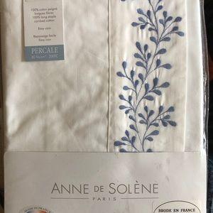 Anne de Solene Standard sham  FLORA